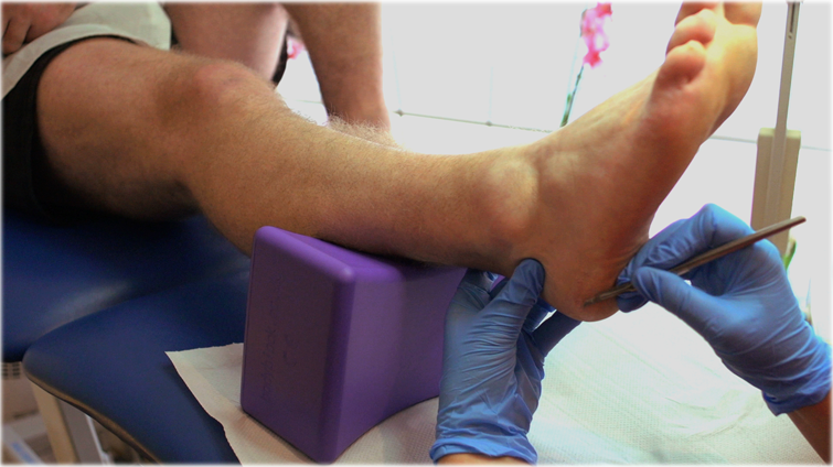 an indispensible solution for chiropodists, pedicurists and reflexologists